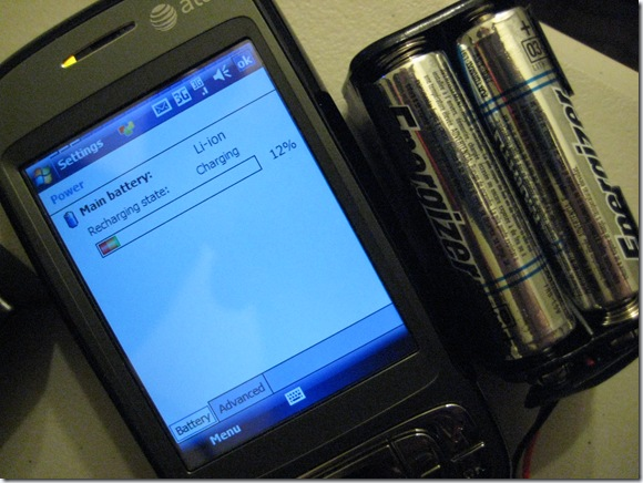 AA_Batteries_Powering_USB_Device