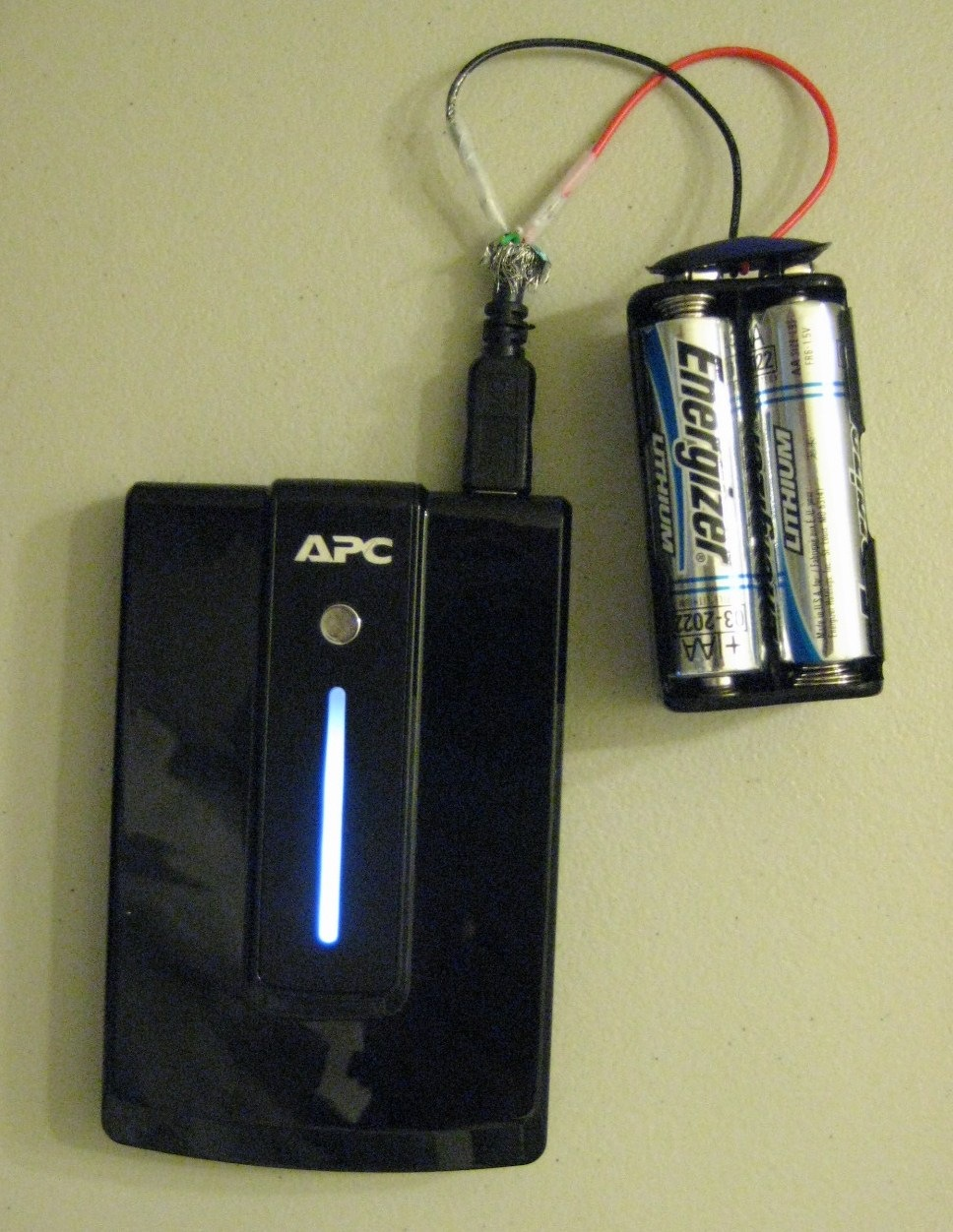 how to charge any usb device with aa batteries make your own battery pack greg dolley s. Black Bedroom Furniture Sets. Home Design Ideas